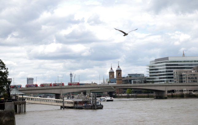 London City Airport closed after 'explosive' WW2 bomb found in Thames nearby