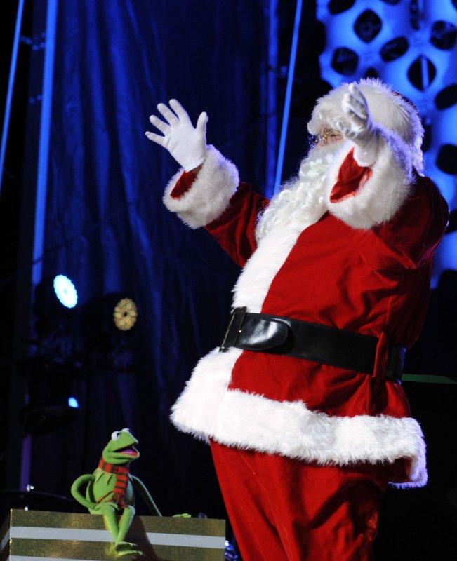 Santa helps out after car crash