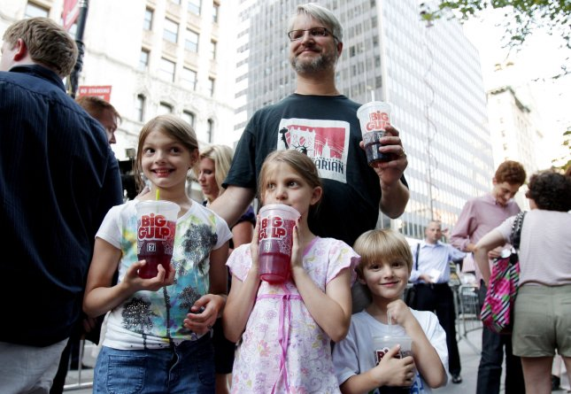 Health groups call on fast-food to drop soda from kids' menu