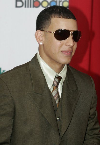 Daddy Yankee appears with McCain - UPI com