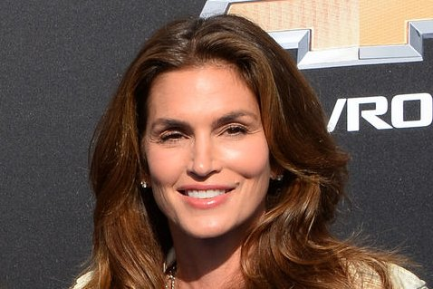cindy crawford on instagram-famous models: 'i'm so jealous' - upi