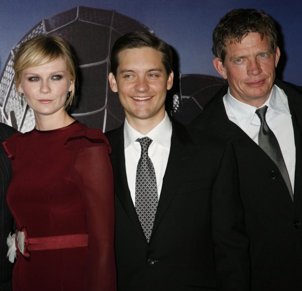 Actress Kirsten Dunst (L), actor Tobey Maguire (C) and actor Thomas Haden Church (R) arrive for the French premiere of Spider-Man 3 at Grand Rex Theatre in Paris on April 27, 2007. (UPI Photo/David Silpa)