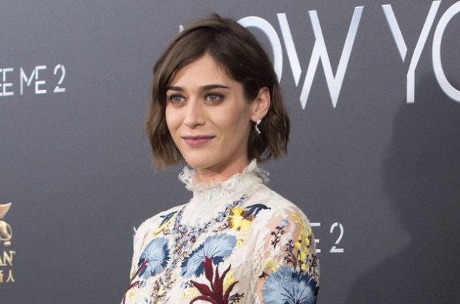 Think, lizzy caplan party down nude