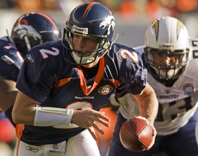 Denver Broncos backup quarterback Chris Simms (2) starts in place of injured starting quarterback Kyle Orton against the San Diego Chargers during the first half at Invesco Field at Mile High in Denver on November 22, 2009. UPI/Gary C. Caskey...