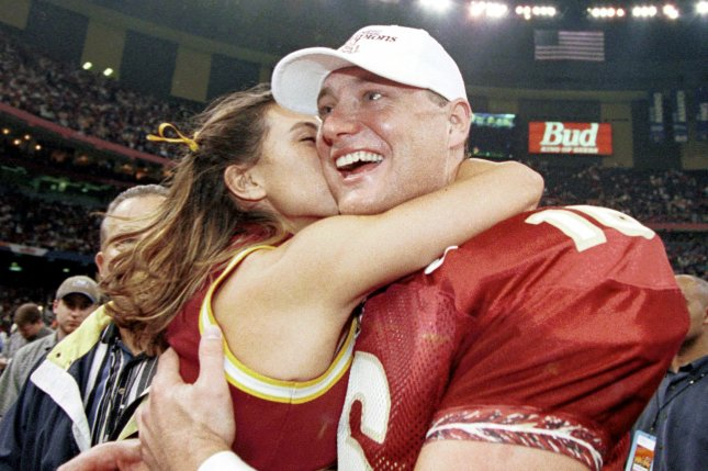 Tennessee finalizes coaching staff with addition of former FSU QB Chris Weinke