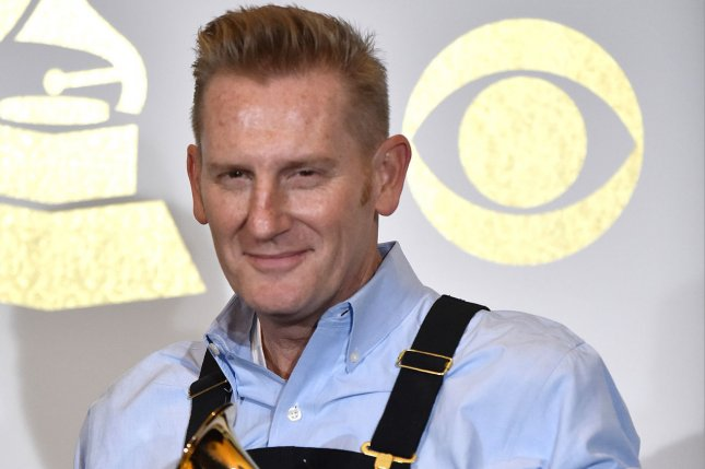 Rory Feek Fulfills Promise to His Late Wife By Attending The Grammys