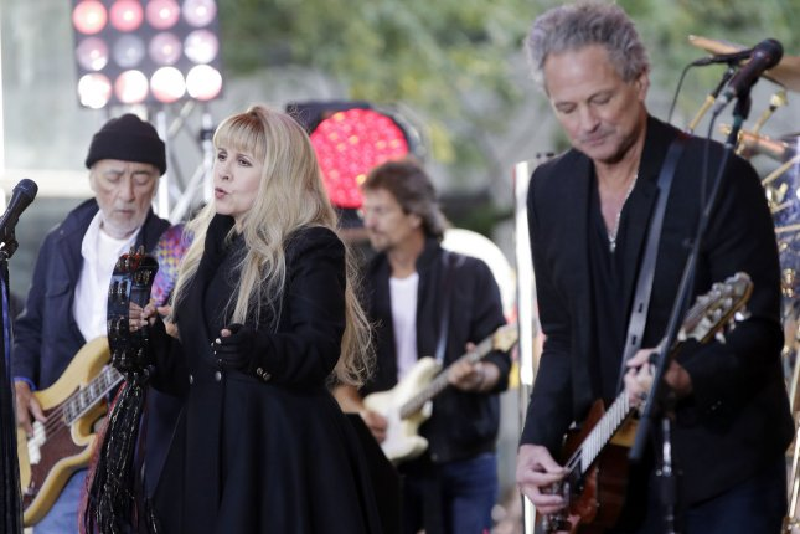 Stevie Nicks and Lindsey Buckingham perform with Fleetwood Mac. File photo by John Angelillo/UPI