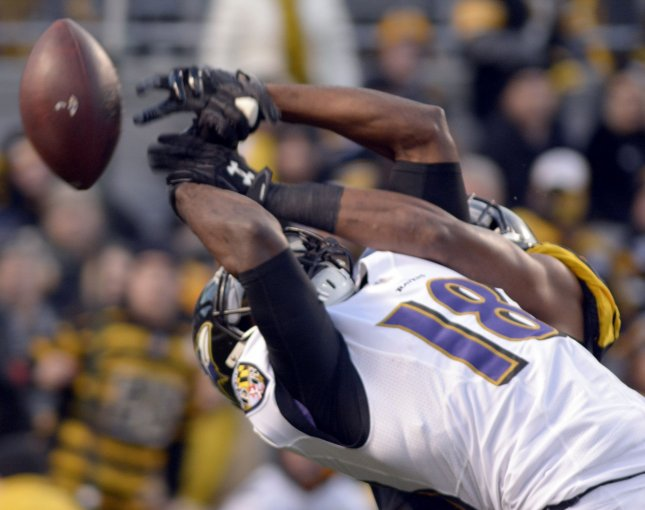 Baltimore Ravens wide receiver Breshad Perriman (18) misses a catch in the corner of the end zone in a game against the Pittsburgh Steelers on December 25, 2016. Photo by Archie Carpenter/UPI