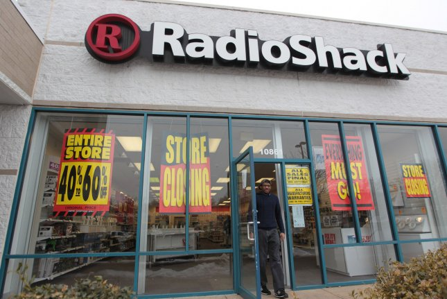 RadioShack files for bankruptcy for second time in 2 years