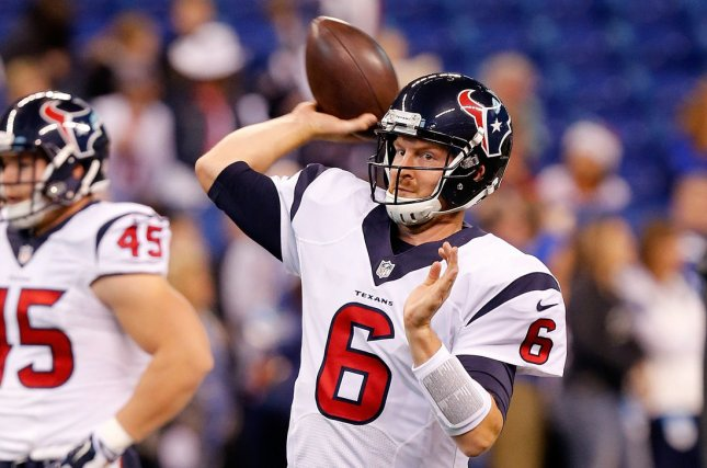 Houston Texans quarterback T.J. Yates (6) throws during warm-ups before their game against the Indianapolis Colts at Lucas Oil Stadium in Indianapolis, Indiana, December 20, 2015. Photo by John Sommers II/UPI