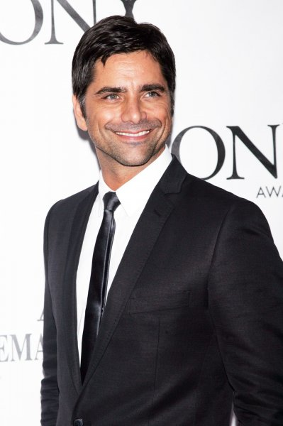 John Stamos arrives for the American Theatre Wing's Antoinette Perry Tony Awards at Radio City Music Hall in New York on June 7, 2009. (UPI Photo/Laura Cavanaugh)