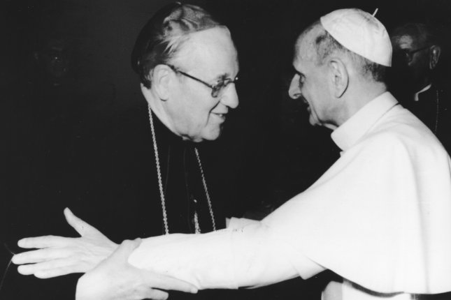 Pope Paul VI, right, embraces Cardinal John Patrick Cody of Chicago on June 20, 1977 in Vatican City (UPI Photo/Files)