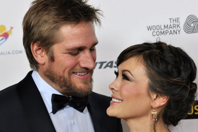 Celebrity chef Curtis Stone (L) and his wife Lindsay Price. UPI/Christine Chew