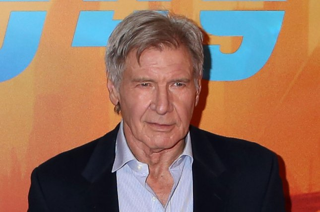 Harrison Ford helps rescue woman from vehicle  wreck