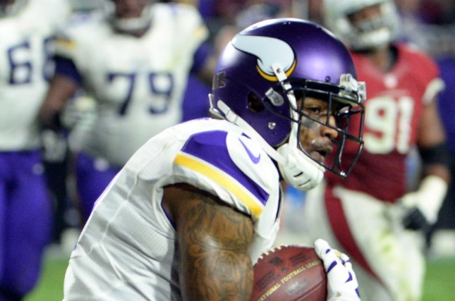 Minnesota Vikings receiver Mike Wallace scores a touchdown to tie the game in the fourth quarter of the Vikings-Arizona Cardinals game at University of Phoenix Stadium in Glendale, Arizona, December 10, 2015. Photo by Art Foxall/UPI