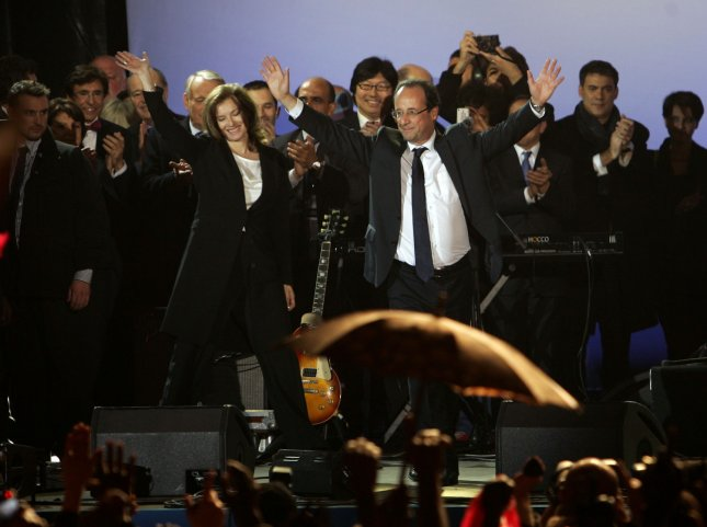 French President-elect Francois Hollande gestures to a crowd of supporters in Paris May 7, 2012. UPI/Eco Clement