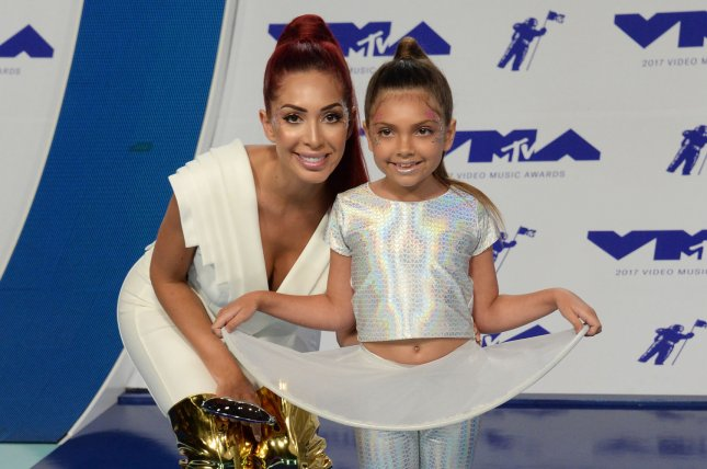 Farrah Abraham (L) and daughter Sophia attend the MTV Video Music Awards on Sunday. Photo by Jim Ruymen/UPI