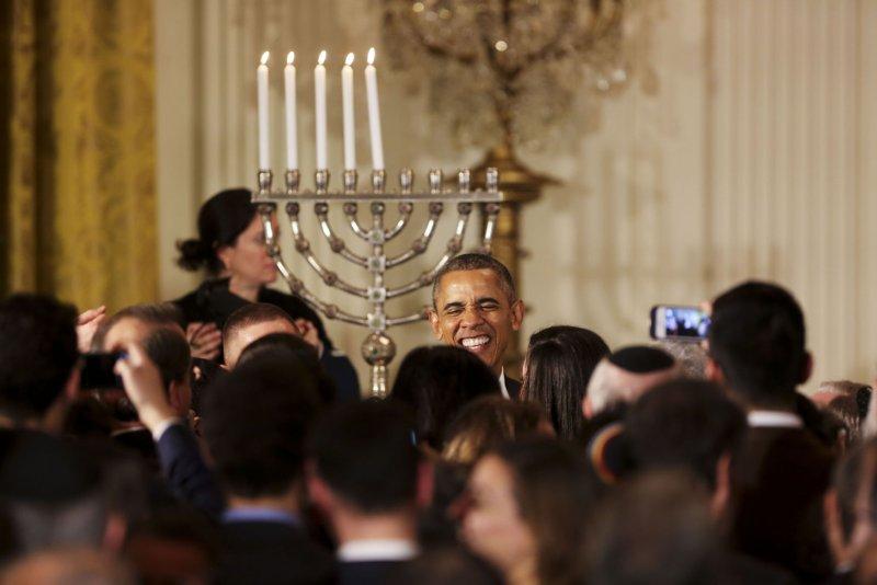 Obama references 'Notorious RBG,' 'Star Wars' at White House Hanukkah celebration