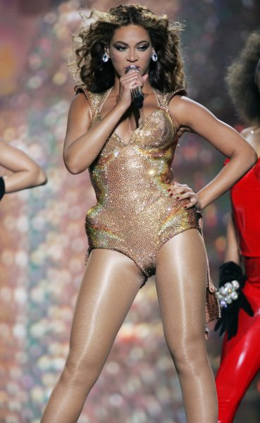 Beyonce performs in concert at Madison Square Garden in New York on June 21, 2009. (UPI Photo/Laura Cavanaugh)