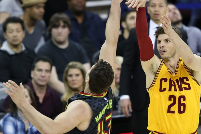 Cavaliers guard Kyle Korver excused from team following death of brother