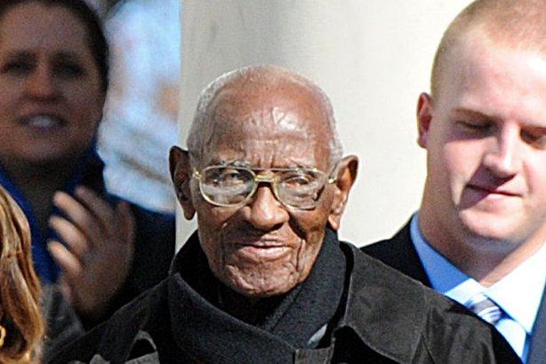 u s s oldest living man richard overton dies at 112 upi com