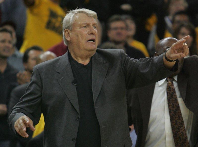 Golden State Warriors Coach Don Nelson, pictures Dec. 14, 2007. (UPI Photo/Terry Schmitt)