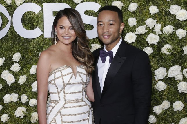 John Legend, Chrissy Teigen vacation in Bali