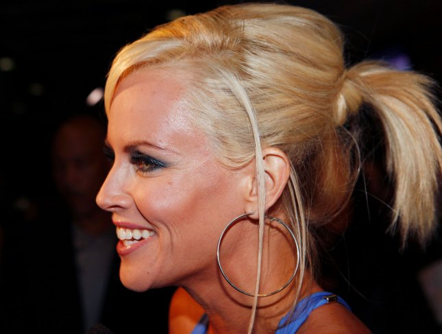 Jenny McCarthy arrives on the red carpet at the Leather and Laces Super Bowl party in Tampa Florida on January 30, 2009. (UPI Photo/John Angelillo)