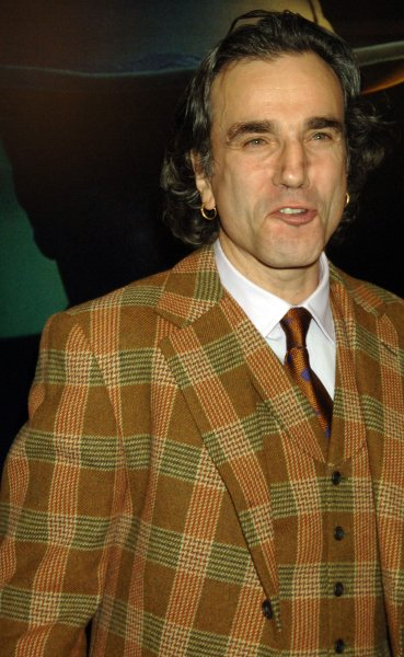 Actor Daniel Day Lewis arrives for the premiere of his new film There Will Be Blood at New York's Ziegfeld Theater on December 10, 2007. (UPI Photo/Ezio Petersen)