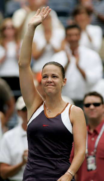 Lindsay Davenport, shown in a 2006 file photo, was forced to withdraw Thursday from The Championships at Wimbledon because of a knee injury. (UPI Photo/Monika Graff)