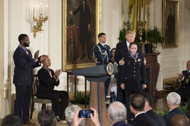 Trump awards Medal of Valor to congressional baseball shooting police