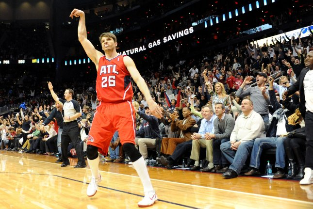 086358cc9bd4 The Cleveland Cavaliers completed the trade to acquire guard Kyle Korver  from the Atlanta Hawks on Saturday