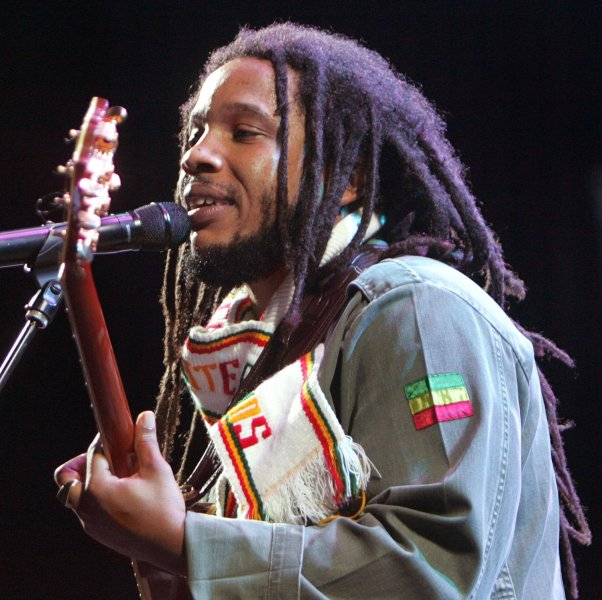 Stephen Marley, son of singer Bob Marley, performs in concert at Coors Amphitheatre in Chula Vista, California on September 28, 2007. (UPI Photo/Roger Williams)