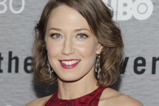 Carrie Coon beach