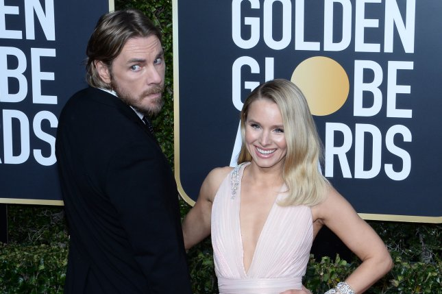 Kristen Bell (R) and Dax Shepard discussed their sex life and the secrets to their relationship in the April 1 issue of People. File Photo by Jim Ruymen/UPI