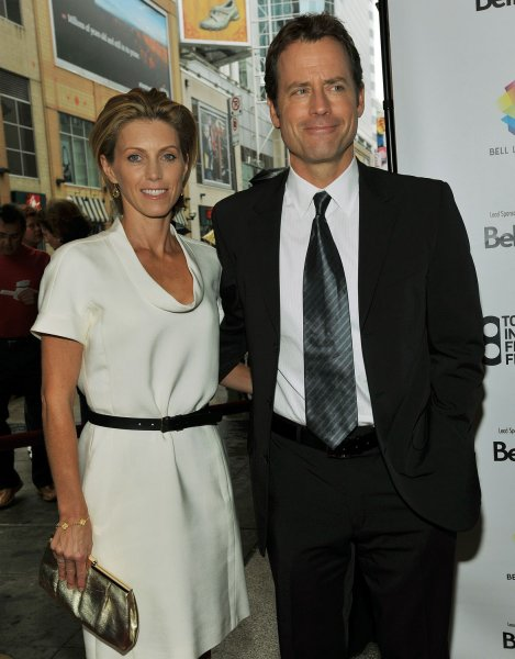 Actor Greg Kinnear (R) and his wife Helen attend the premiere of Flash of Genius at the Elgin Theater during the Toronto International Film Festival in Toronto, Canada on September 7, 2008. (UPI Photo/Christine Chew)
