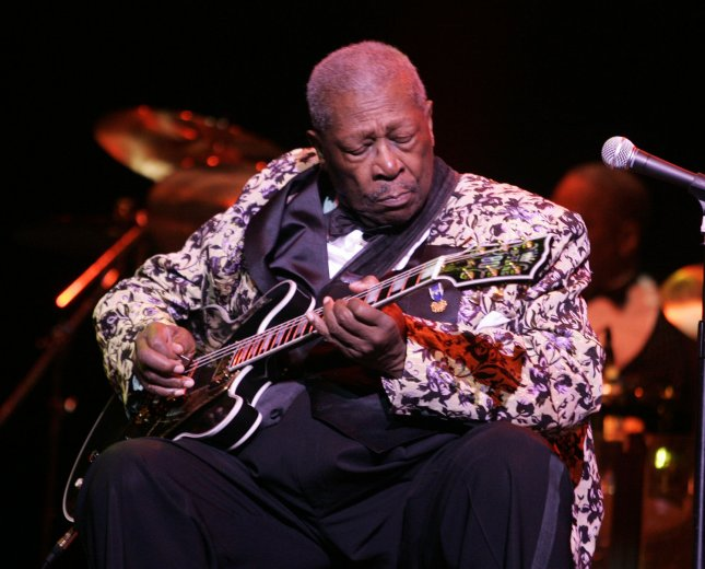 Blues legend B.B. King performs in concert at the Sinatra Theater at the BankAtlantic Center in Sunrise, Florida on May 3, 2008. (UPI Photo/Michael Bush)