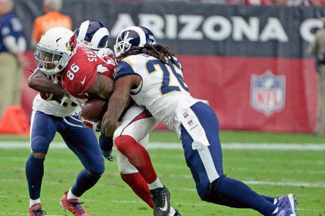 classic fit 708e2 6dd7a Pittsburgh Steelers to sign former L.A. Rams LB Mark Barron ...