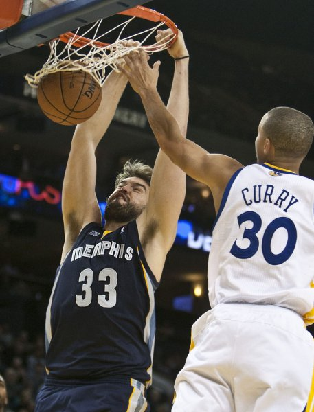 Marg Gasol and the Memphis Grizzlies manhandled Steph Curry and the Golden State Warriors on Saturday. Photo by Terry Schmitt/UPI
