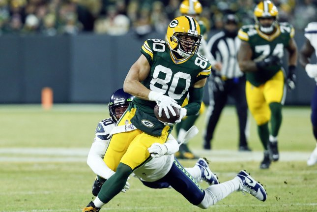 Packers cut Jimmy Graham after two seasons