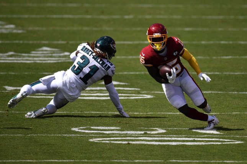 https://cdnph.upi.com/svc/sv/upi/7291600051507/2020/16/04a7c359f391af638047378c9d87a212/Washington-scores-27-unanswered-points-to-stun-Eagles.jpg