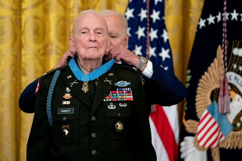 Biden awards Medal of Honor to Col. Ralph Puckett Jr.