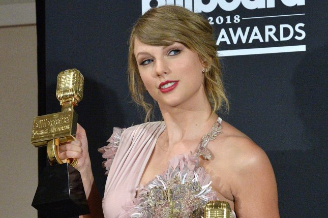 Taylor Swift stars in the new music for Sugarland single Babe. Photo by Jim Ruymen/UPI