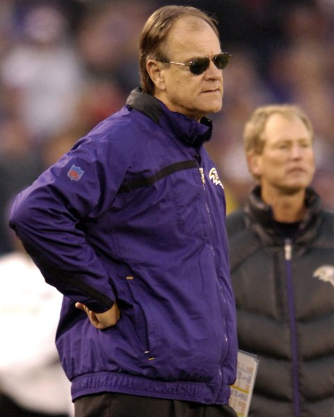Baltimore Ravens head coach Brian Billick waits for the referees call on a 51-yard field goal attempt by Cleveland Browns kicker Phil Dawson in the fourth quarter that would tie the game sending it to overtime on November 18, 2007 at M&T Bank Stadium in Baltimore, Maryland. The Browns defeated the Ravens 33-30 in overtime. (UPI Photo/ Mark Goldman)