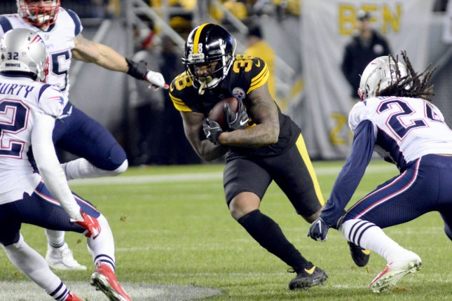 Pittsburgh Steelers running back Jaylen Samuels breaks away for a 15-yard gain during a win against the New England Patriots at Heinz Field on December 16, 2018. Photo by Archie Carpenter/UPI