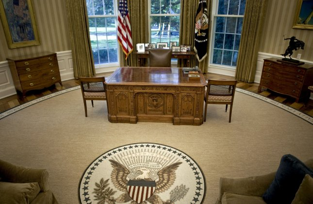 Studio Ovale Obama : Oval office redone during obama vacation upi