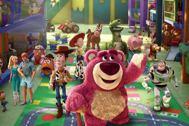 the special arrives on the heels of the success of the halloween 2013 program toy story of terror which premiered to stellar ratings - Toy Story Christmas Special