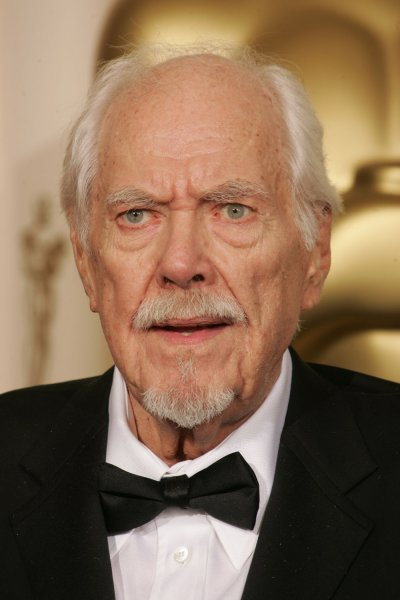 Film director and writer Robert Altman, seen in this March 5, 2006 photo at the 78th Annual Academy Awards, in Hollywood, California, passed away in a Los Angeles hospital at the age of 81, on November 20, 2006. Altman was nominated for five best-director Oscars but never won until he was awarded an honorary Oscar in 2006. (UPI Photo/Gary C. Caskey/FILE)
