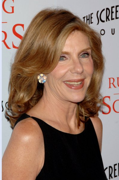 Actress Jill Clayburgh, a cast member in the dramatic comedy motion picture Running with Scissors, arrives for the premiere of the film at the Academy of Motion Picture Arts and Sciences in Beverly Hills, California on October 10, 2006. (UPI Photo/Jim Ruymen)