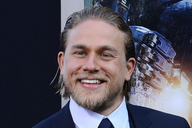 Charlie Hunnam Is Comfortable Going Full Frontal Nude - Upicom-7346
